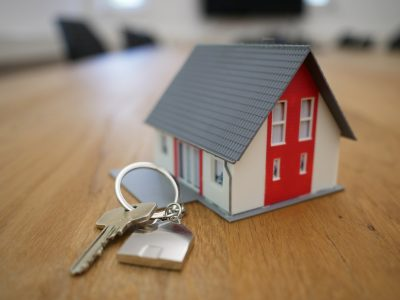 Refinance or Bust: Three Benefits of Refinancing Your Mortgage